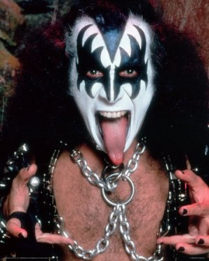 kiss-gene-simmons.jpg